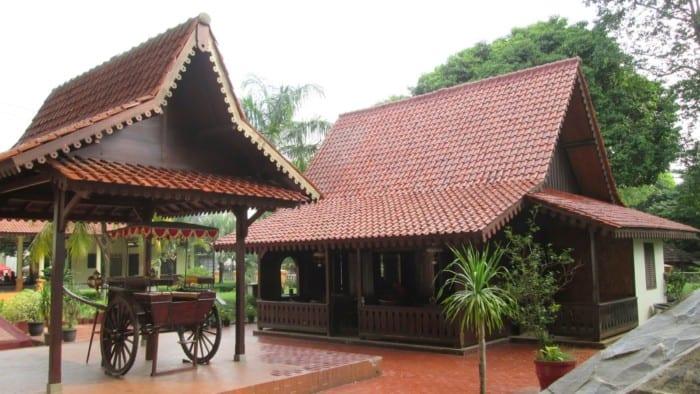 Rumah Adat DKI Jakarta Rumah Kebaya