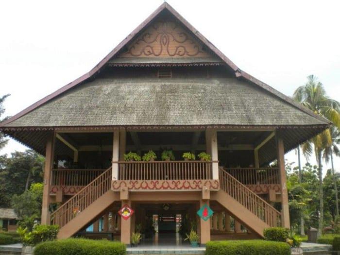 Rumah Adat Sulawesi Utara Rumah Pewaris