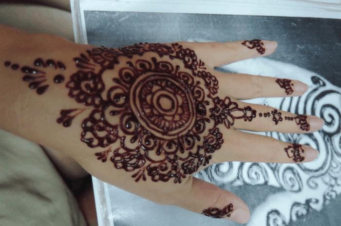 Gambar Henna Bunga