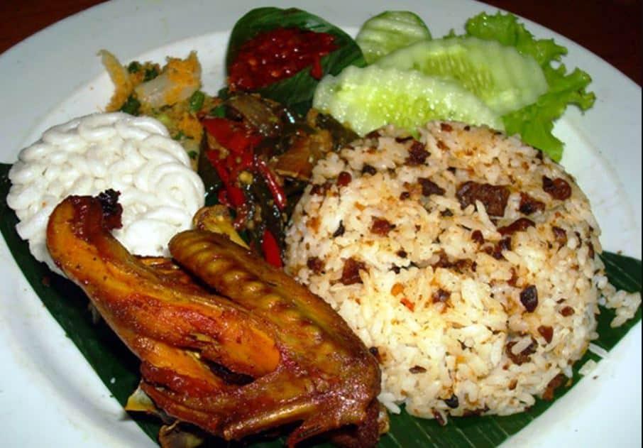 20 Makanan Khas Sunda yang Akan Menggugah Selera Anda, Buktikan !