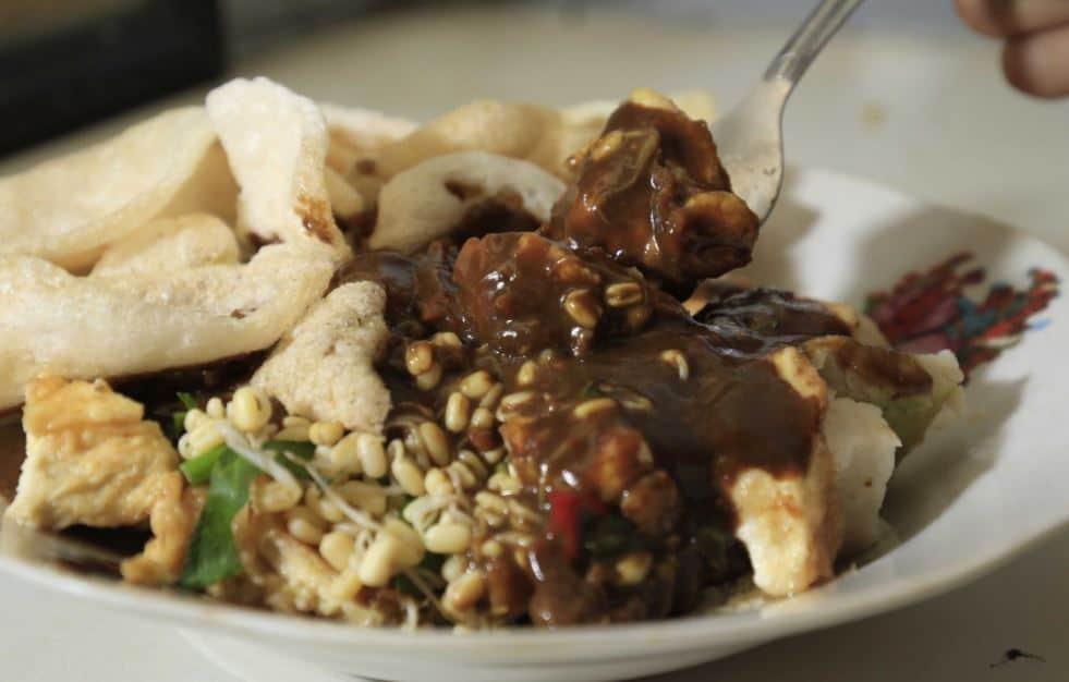 makanan enak di surabaya