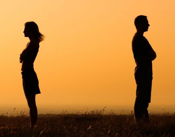 1000 Kata Kata Untuk Mantan Pacar Gebetan Suami Istri