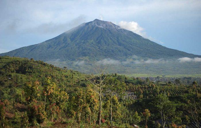 Nama Gunung di Indonesia