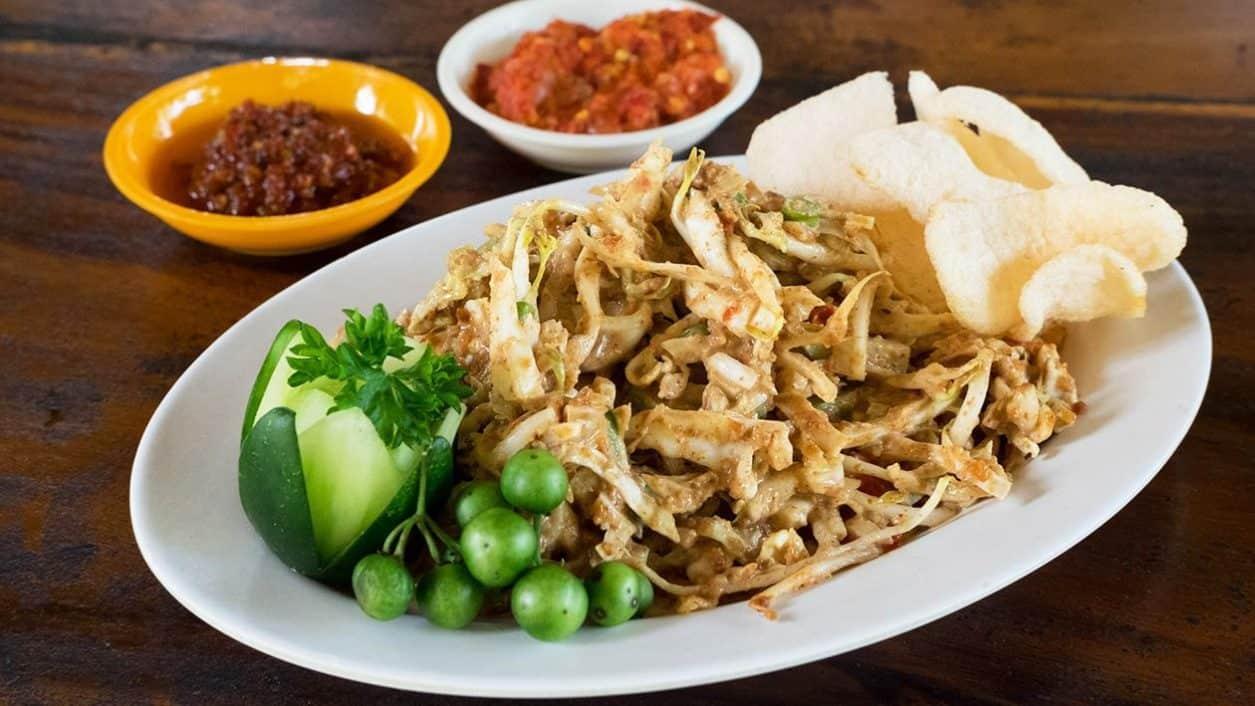 gambar makanan khas bandung Karedok
