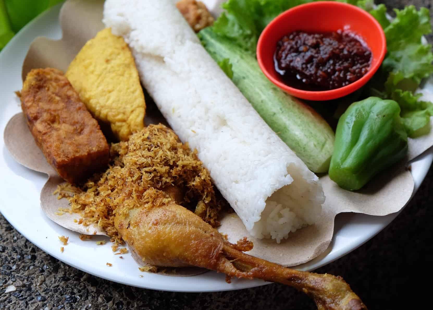 gambar makanan khas bandung Nasi Timbel