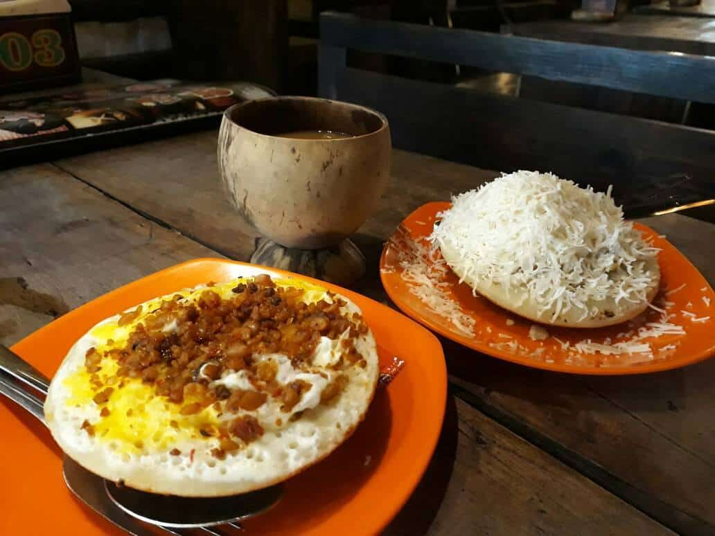 gambar makanan khas bandung Surabi