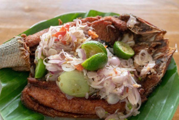 gambar makanan khas banten pecak bandeng
