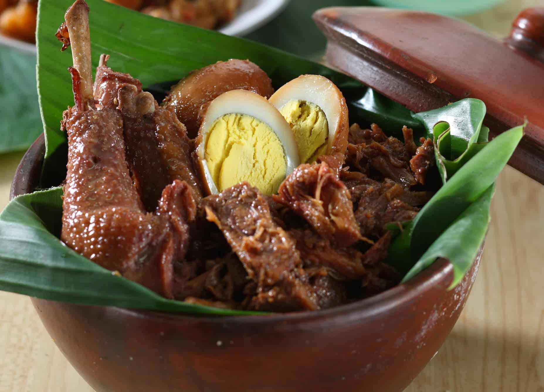 gambar makanan khas indonesia gudeg