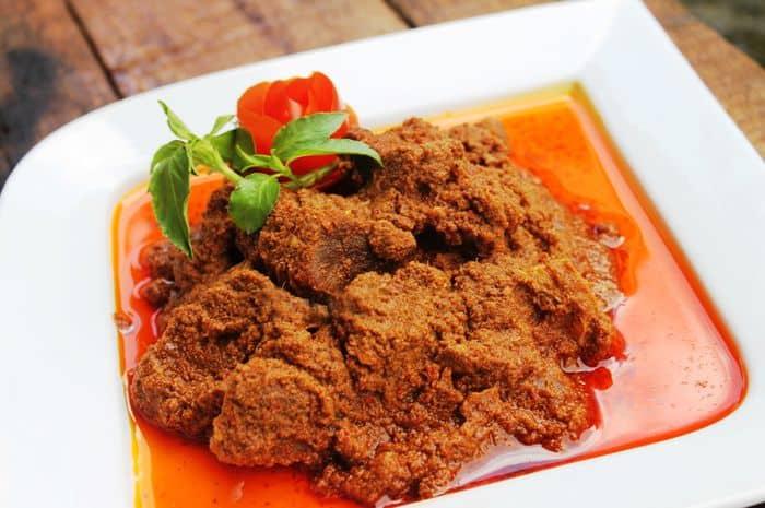 gambar makanan khas indonesia rendang