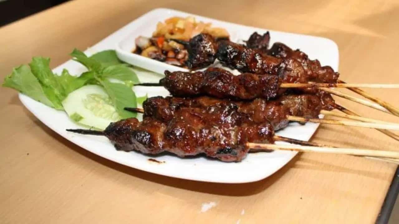 gambar makanan khas kalimantan timur Sate Payau