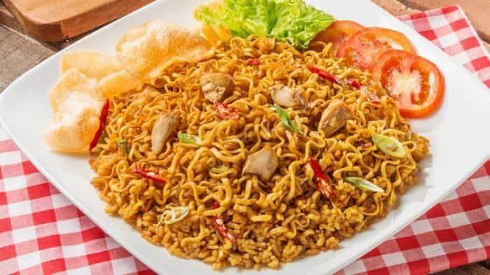 gambar makanan khas malang nasi goreng mawut