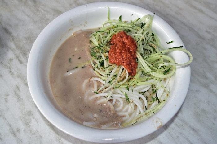 gambar makanan khas riau lakse kuah