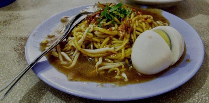 gambar makanan khas riau mie lendir