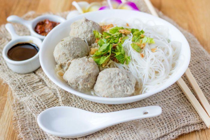 gambar makanan khas solo bakso solo