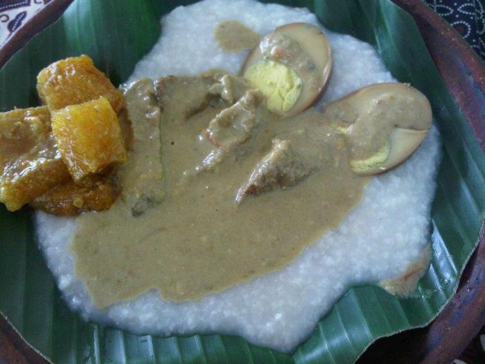 gambar makanan khas solo bubur tumpang