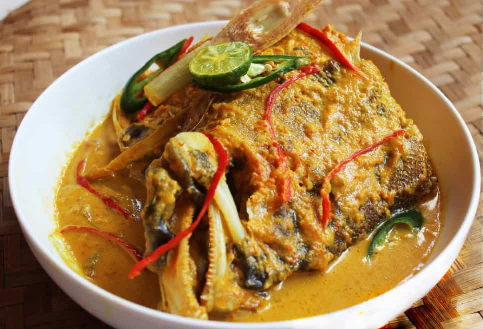 gambar makanan khas sulawesi utara