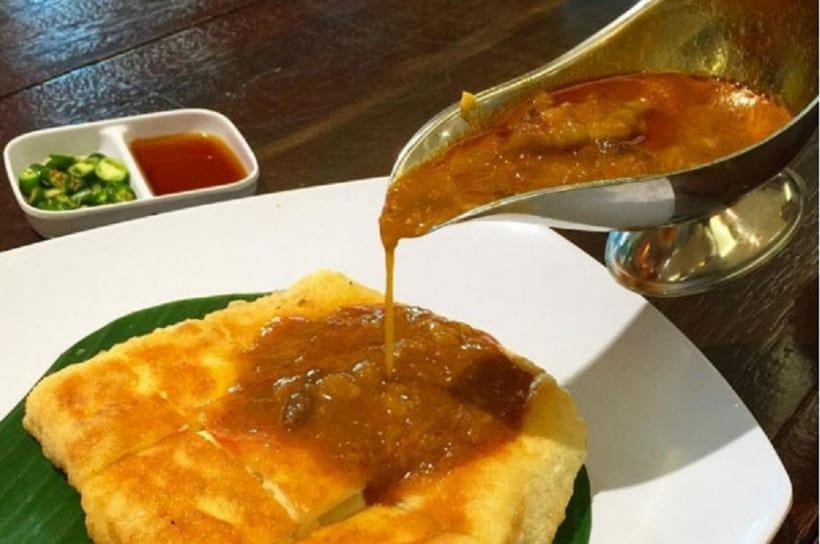 gambar makanan khas sumatera selatan martabak palembang