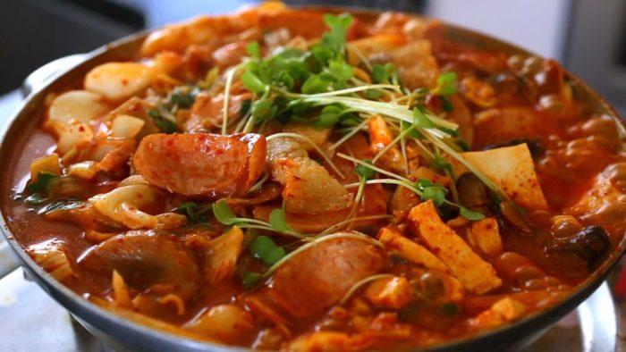 gambar makanan korea Budae jjigae