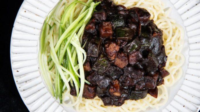 gambar makanan korea Jajangmyeon