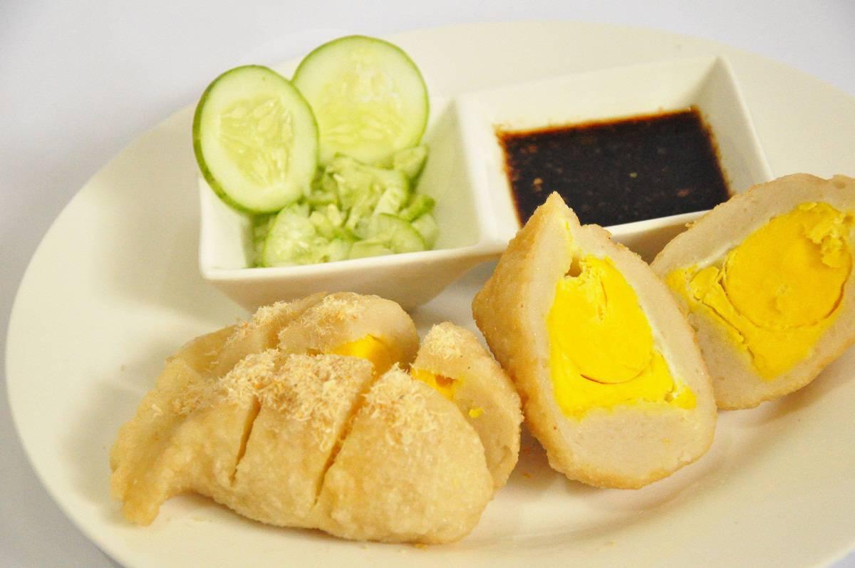 gambar makanank khas indonesia pempek
