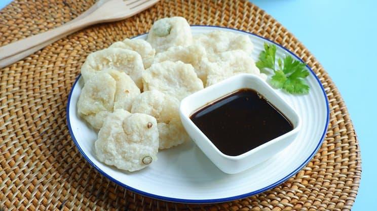 gambar makanan kekinian Rujak Cireng