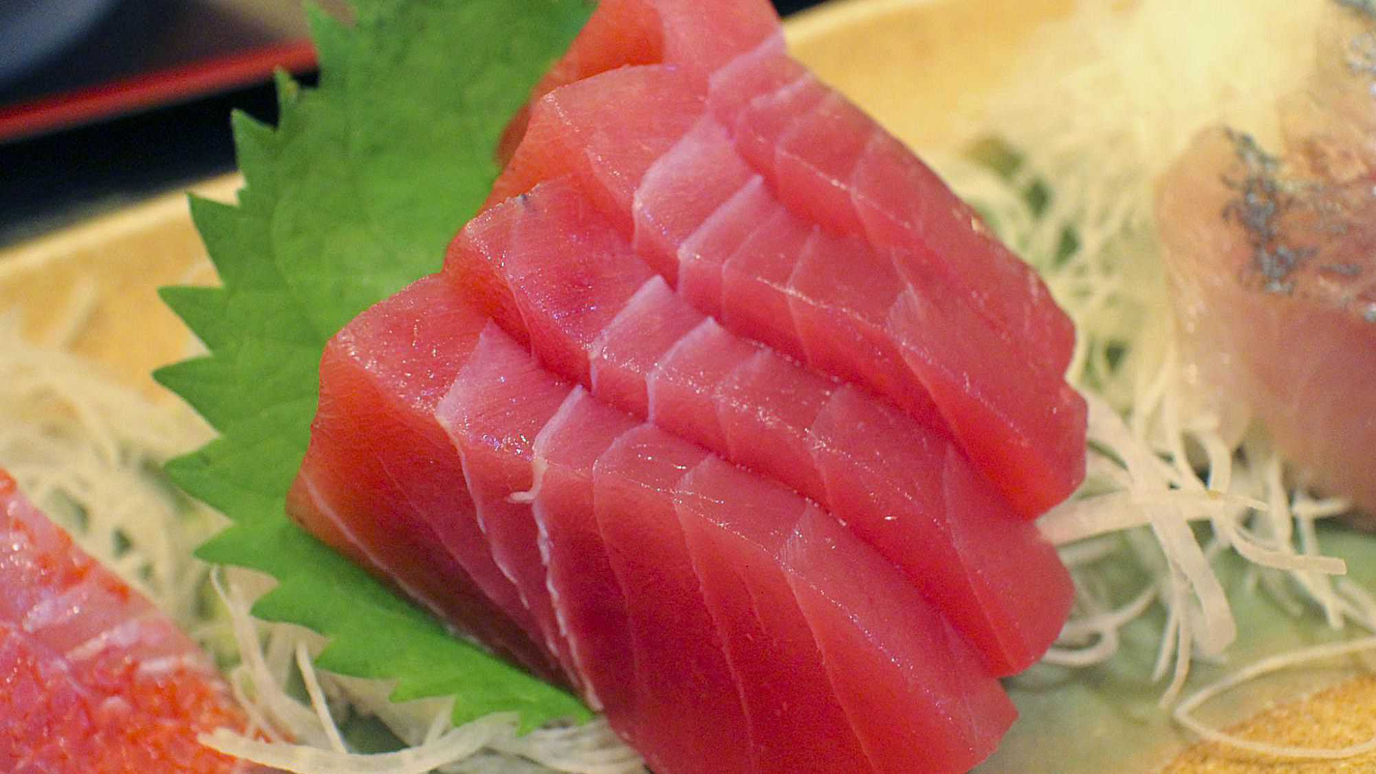 gambar makanan khas gorontalo Sashimi Tuna