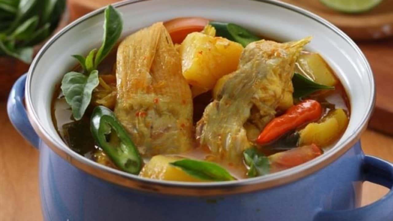 gambar makanan khas ntt Ikan Kakap Merah Kuah Asam