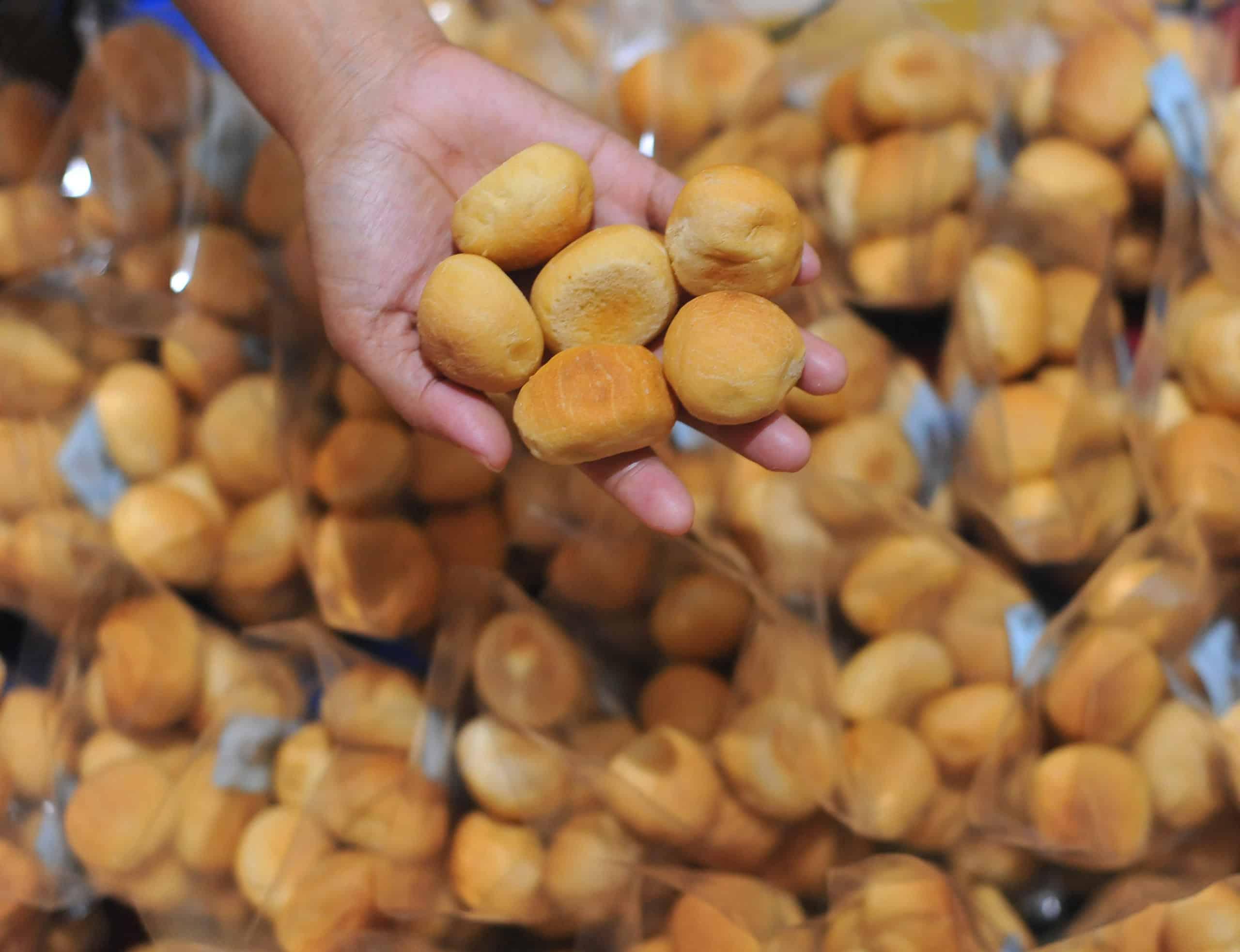 gambar makanan khas palembang Roti Koing