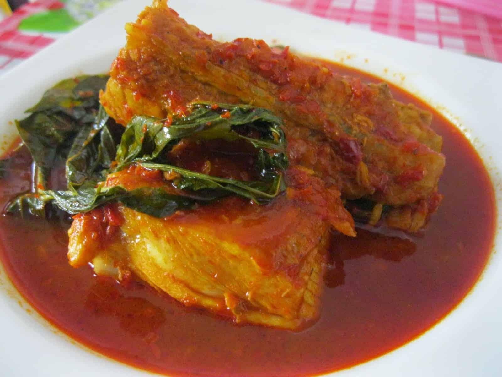 gambar makanan khas sumatera barat Asem Padeh Daging