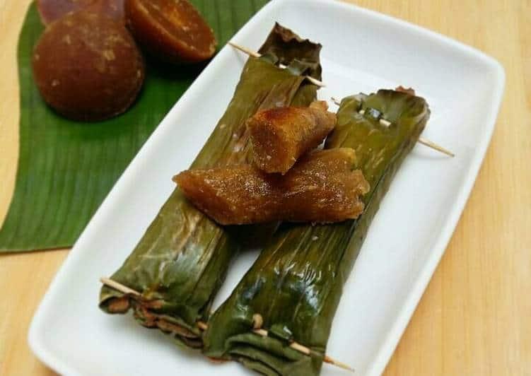 gambar makanan khas sumatera barat Lompong Sagu