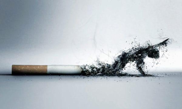 teks pidato bahaya merokok