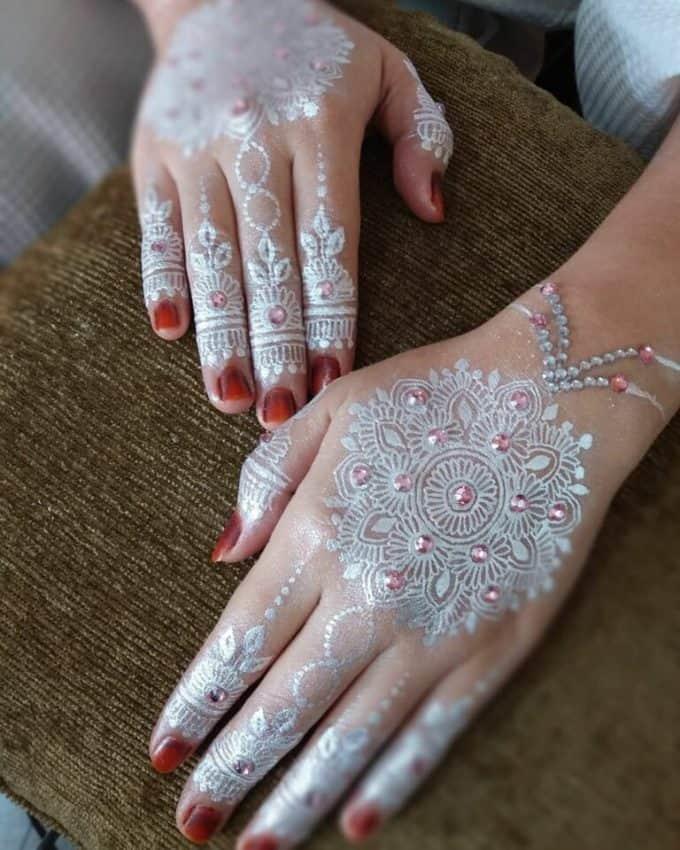 Henna Warna Putih