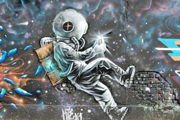 grafiti astronot