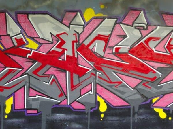 grafiti tulisan abstrak