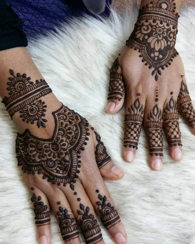 henna gelap beda motif